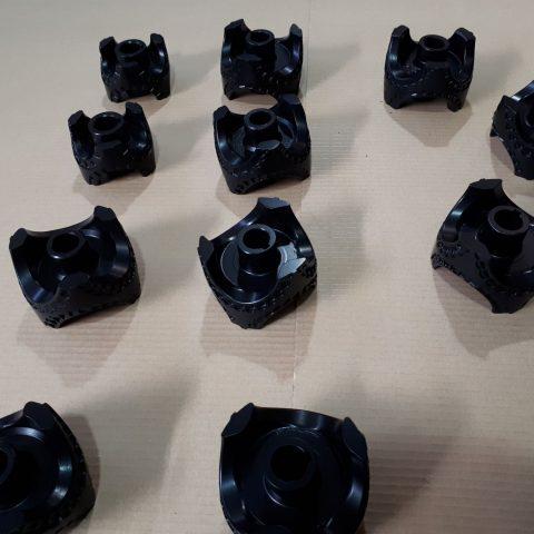 Powłoka antyadhezyjna na detalach wykorzystywanych do formowania pierogów